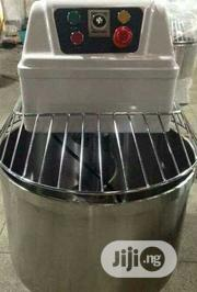 Original Standard 1- Phase 20kg Spiral Mixer In Stock | Restaurant & Catering Equipment for sale in Lagos State, Ojo