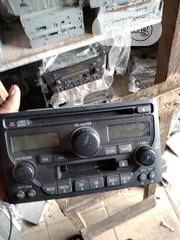 Factory Radio Honda Pilot 2002-2005 With Code Unlock | Vehicle Parts & Accessories for sale in Lagos State, Isolo