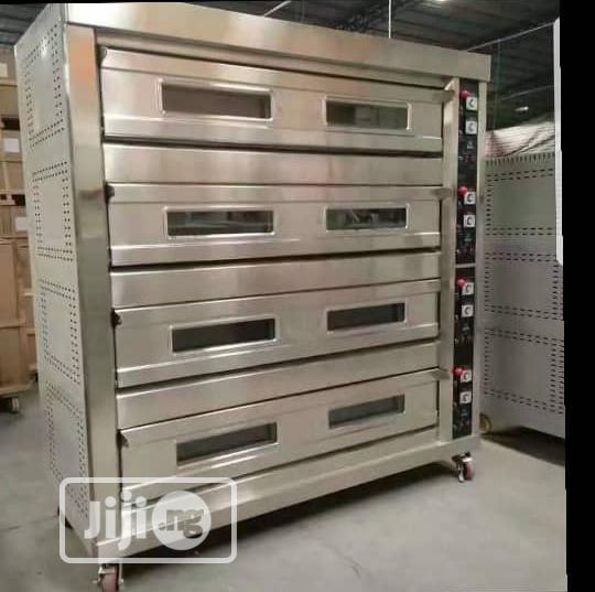 4 Trays 16 Deck Gas Oven