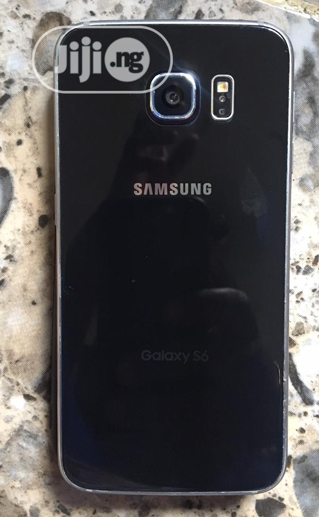 Archive: Samsung Galaxy S6 64 GB Blue
