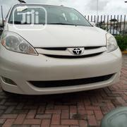 Toyota Sienna XLE AWD 2009 White | Cars for sale in Lagos State, Ajah