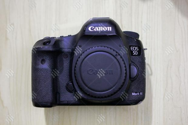 Archive: Canon 5d Mark III Body Only ( Used )