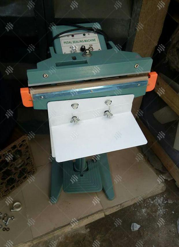 Archive: Pedal Sealing Machine