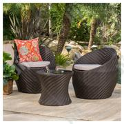 Crafted Rattan Sofa Chair And Table For Luxury Use | Manufacturing Services for sale in Cross River State, Calabar