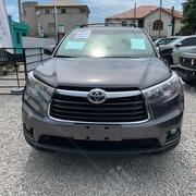 Toyota Highlander LE 4dr SUV (2.7L 4cyl 6A) 2015 Gray | Cars for sale in Lagos State, Lekki Phase 1
