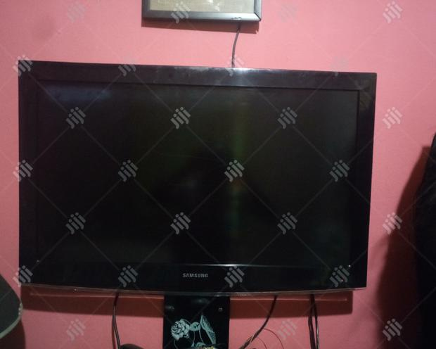 """Archive: Samsung Television 43"""""""