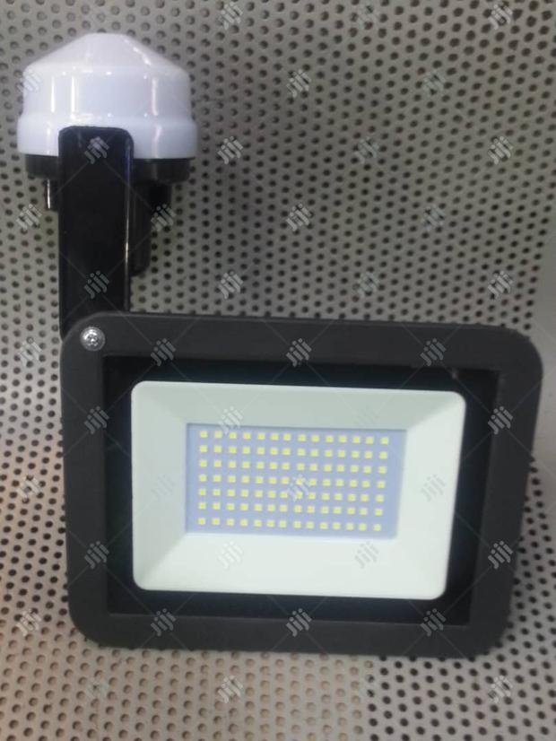 Led Security Light With Photocell Automatic Power