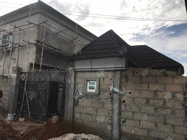 Archive: Uncompleted 10 Rooms Hotel For Sale At Surulere