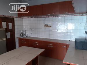Equipped Kitchen Space For Rent