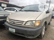 Toyota Sienna 2001 Gold | Cars for sale in Lagos State, Yaba