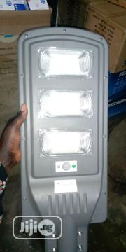 Soler Street Light 100w And 90w It Comes With Pole | Solar Energy for sale in Kaduna State, Zaria