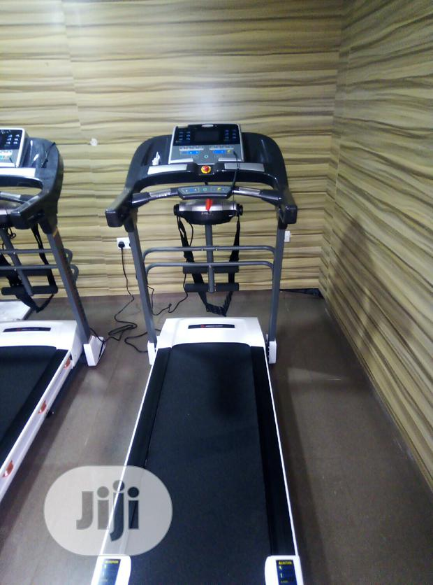 Brand New American Fitness 2.5hp Treadmill With Massager