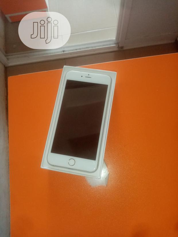 Archive: Apple iPhone 6 Plus 16 GB Silver