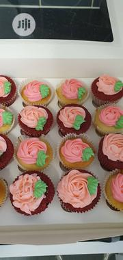 Mixture Of Vanilla And Red Velvet Cup Cakes. 12 Cup Cake Is 3k | Party, Catering & Event Services for sale in Lagos State, Ojodu