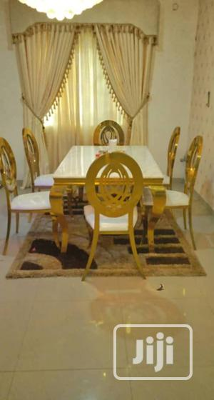 Quality Set of Royal Dinning Table With Six Chairs