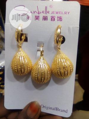 Dazzling Drop Earring With Pendant