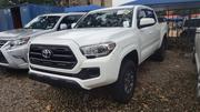Toyota Tacoma 2016 4dr Double Cab White | Cars for sale in Abuja (FCT) State, Garki 2