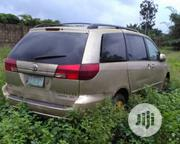 Toyota Sienna 2009 XLE AWD Gold | Cars for sale in Edo State, Oredo