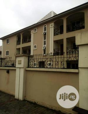 Neat & Spacious 3 Bedroom Flat At Lekki Phase1 For Rent.