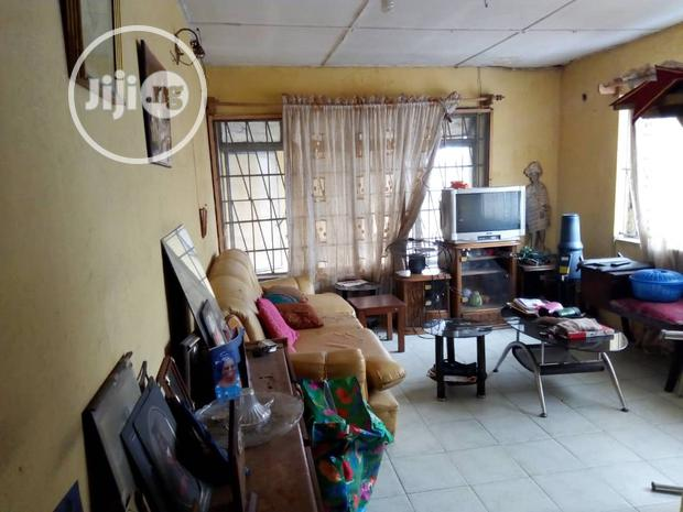 Archive: FOR LEASE: 3bedroom Duplex With BQ For Office at Ikorodu Road.