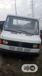Mercedes Benz Truck 207d Foreign Used | Trucks & Trailers for sale in Lagos State, Amuwo-Odofin