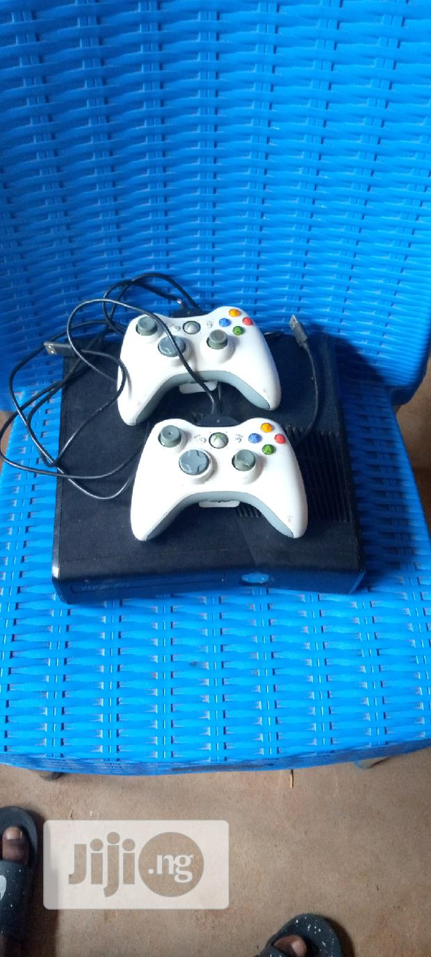 Archive: UK Used Xbox 360 With 2 Pads