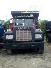 Mack Tipper R Model Double Axle 1986 Red | Trucks & Trailers for sale in Abia State, Aba South