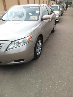Toyota Camry 2008 Gold