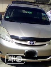 Toyota Sienna 2006 Gold | Cars for sale in Abuja (FCT) State, Kuje