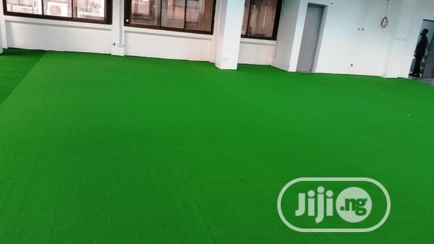 Natural Looking Artificial Lawn Grass Turf