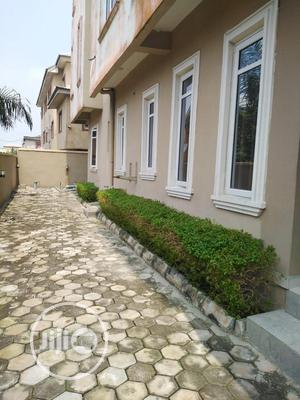 Clean & Spacious 2 Bedroom Flat For Sale At Lekki Phase 1.