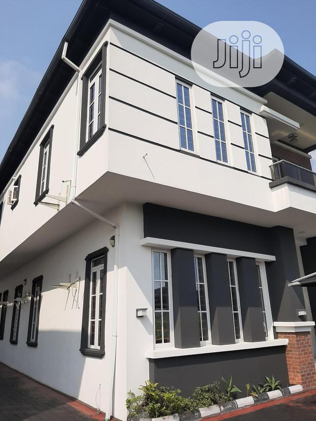 Archive: A Lovely And Fantastically Built 5bedroom Fully Detached Duplex Wth BQ