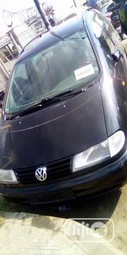 Volkswagen Sharan 2002 Automatic Black | Cars for sale in Lagos State, Amuwo-Odofin