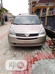 Toyota Sienna 2004 Gold | Cars for sale in Lagos State, Maryland