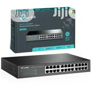 24 Port Gigabit Desktop /Rack Mount Switch | Networking Products for sale in Lagos State, Ikeja