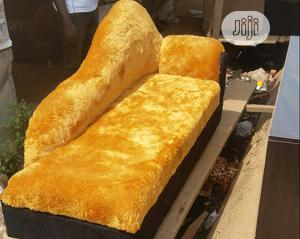 Lover Seater With 1 Pillow