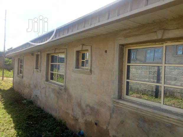 Archive: Distressed Modern Uncompleted Bungalow + a BQ With Installment Payment