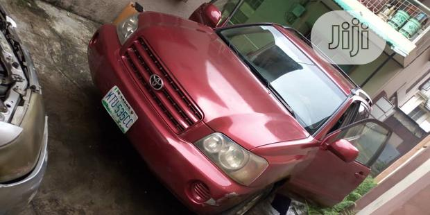 Archive: Toyota Highlander 2003 Red