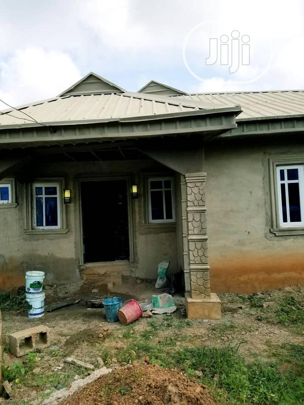 Archive: Distress Fenced And Gated 4 Bedroom Bungalow