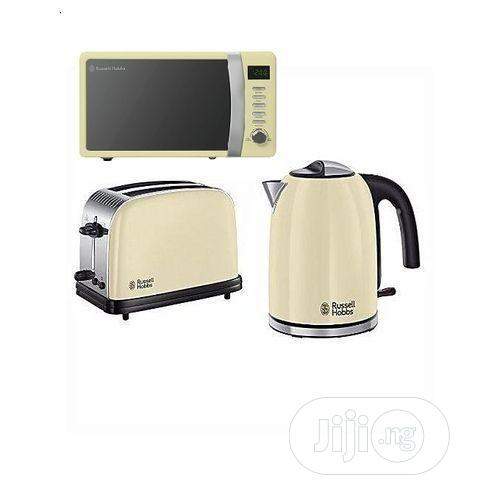 Russell Hobbs Microwave Oven, Kettle + Toaster Kitchen Bundle