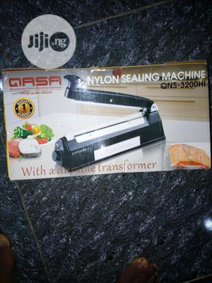 Qasa Nylon Sealing Machine