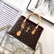 Louis Vuitton Box Bag | Bags for sale in Lagos State, Lagos Island