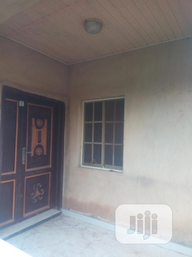 Archive: 5 Bedroom Flat For Sale