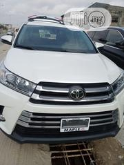 Toyota Highlander 2018 XLE 4x4 V6 (3.5L 6cyl 8A) White | Cars for sale in Lagos State, Amuwo-Odofin