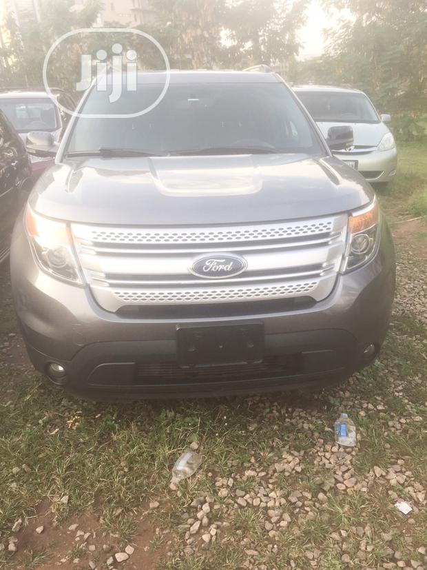Archive: Ford Explorer 2014 Gray