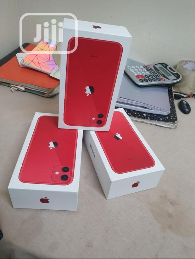 Archive: New Apple iPhone 11 64 GB Red