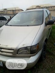 Toyota Sienna 2000 Gold   Cars for sale in Lagos State, Ojo