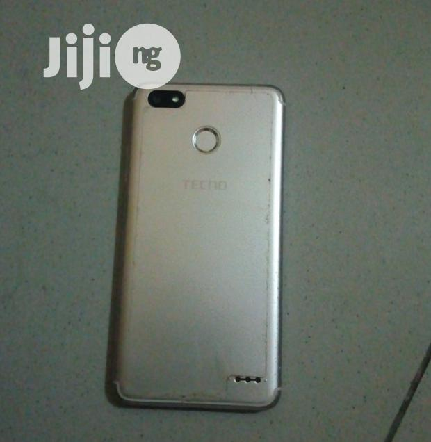 Archive: Tecno Spark K7 16 GB Gold
