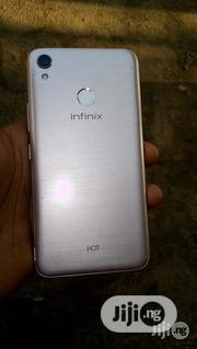 Infinix Hot 5 16 GB Gold   Mobile Phones for sale in Abuja (FCT) State, Kubwa