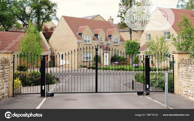 Archive: 950 SQM Land For Sale